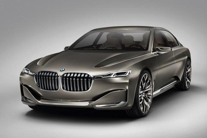 BMW i5, il marchio tedesco sta pensando a delle porte a farfalla?