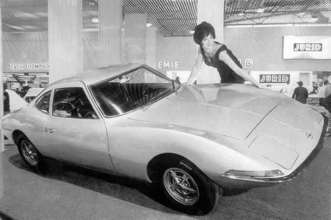 Opel, dieci modelli rari alla Techno Classica 2015