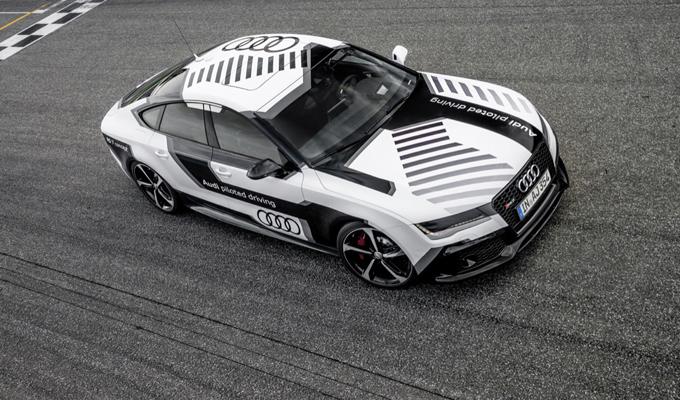 Audi: il sistema di guida autonoma sarebbe in grado di apprendere durante la guida