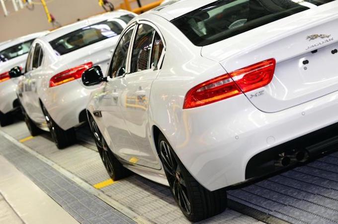 Jaguar XE, via alla produzione
