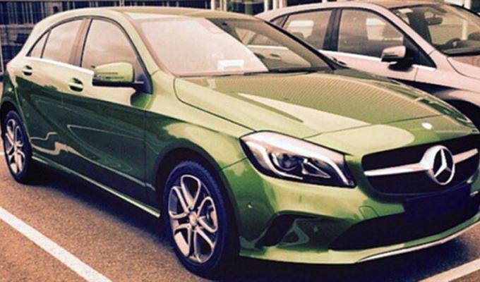 Mercedes Classe A MY 2016: una foto spia ne anticipa l'aspetto?