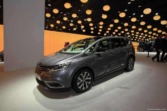 """Nuova Renault Espace, Kevin Spacey """"ritorna se stesso"""" per promuoverla [VIDEO]"""