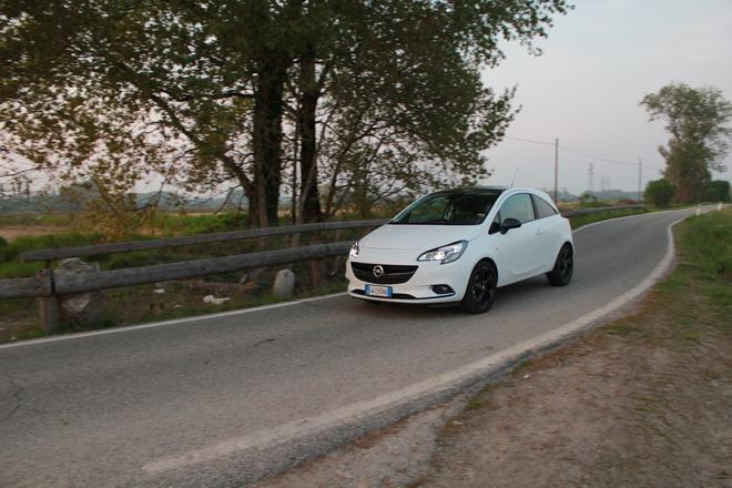 Opel_Corsa_Prova_su_strada_069