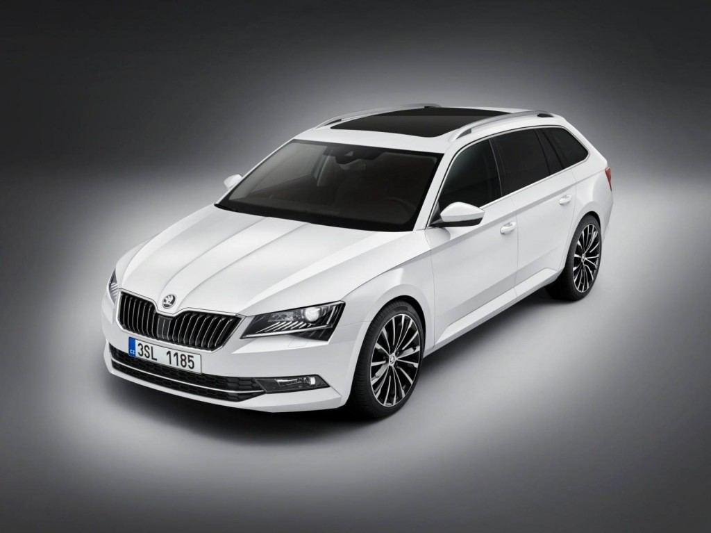 skoda superb combi my 2015 foto ufficiali della nuova station wagon ceca. Black Bedroom Furniture Sets. Home Design Ideas