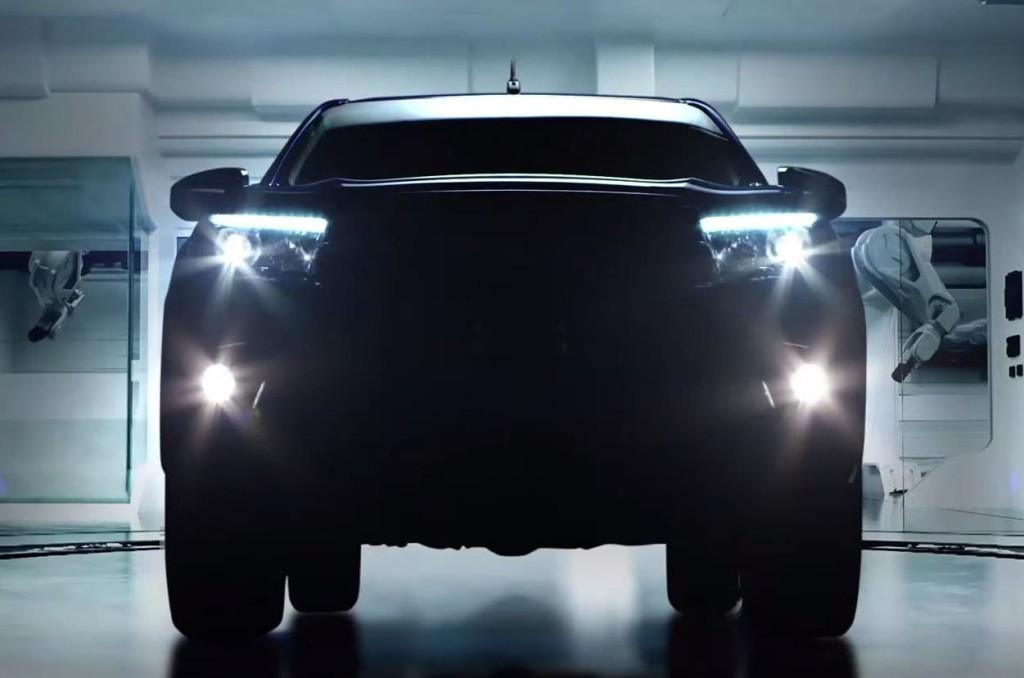 Toyota Hilux 2016, prime anticipazioni nel VIDEO TEASER