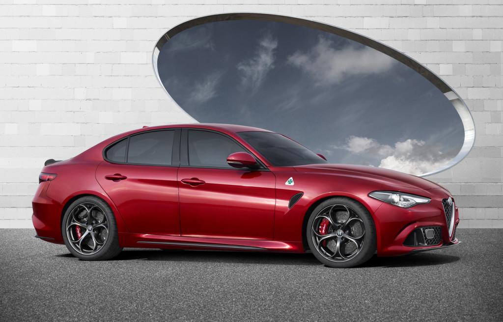 "Alfa Romeo Giulia: il tweet ""Bentornata Alfa Romeo!"" di Mercedes Italia"