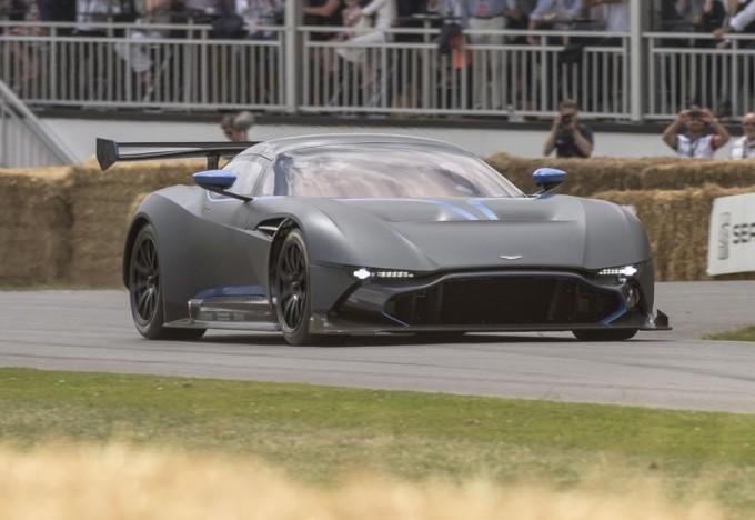 Aston Martin Vulcan stradale, progetto sul tavolo della Casa britannica