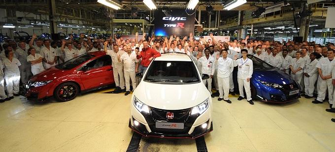 Honda Civic Type R, HUM sforna i primi tre esemplari