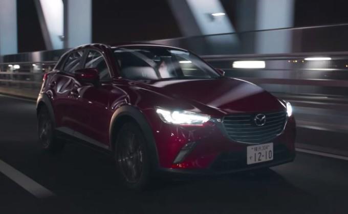 Nuovo Mazda CX-3 alla prova megalopoli tra le strade di Tokyo [VIDEO]