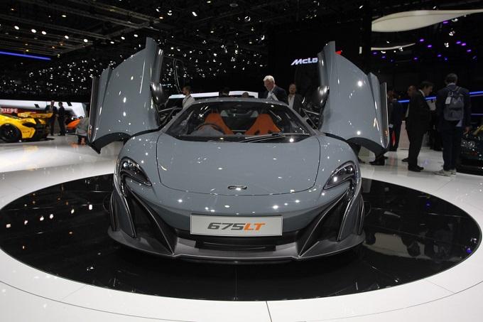 McLaren 675LT - Salone di Ginevra 2015