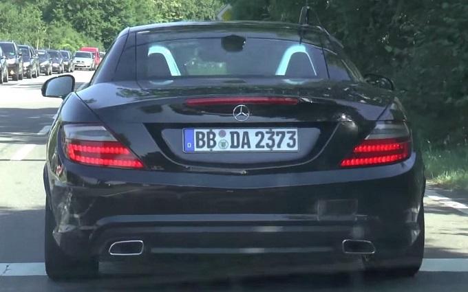 Nuova Mercedes SLC, la roadster si mostra in un VIDEO SPIA