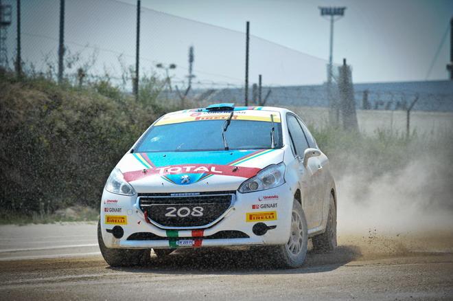 Peugeot_208_R5_e_R2_test_sterrato_34