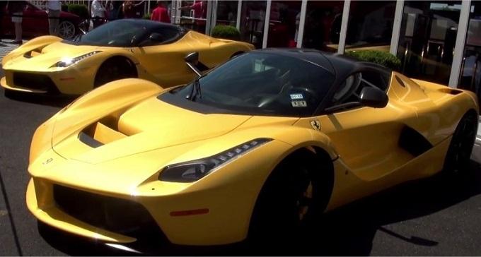 """Ferrari LaFerrari Giallo Tristrato: spettacolo """"doppio"""" [VIDEO]"""