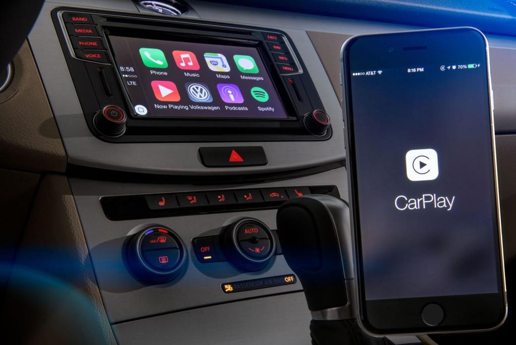 Volkswagen, negli USA arrivano i primi modelli con Apple CarPlay e Android Auto