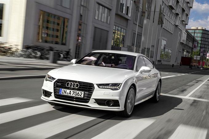 La nuova Audi A7 Sportback sarà più bassa e più espressiva