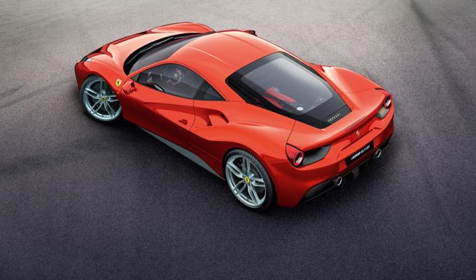 Ferrari 488 GTB: accelerazione da brivido sull'Autobahn [VIDEO]