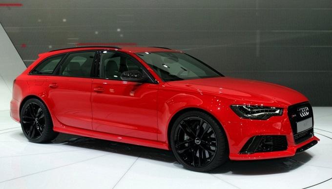 Audi Sport avvia uno speciale servizio di vendite per i clienti RS e R8