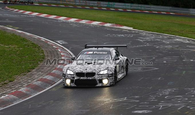 BMW M6 GT3 - Foto spia 19-08-2015