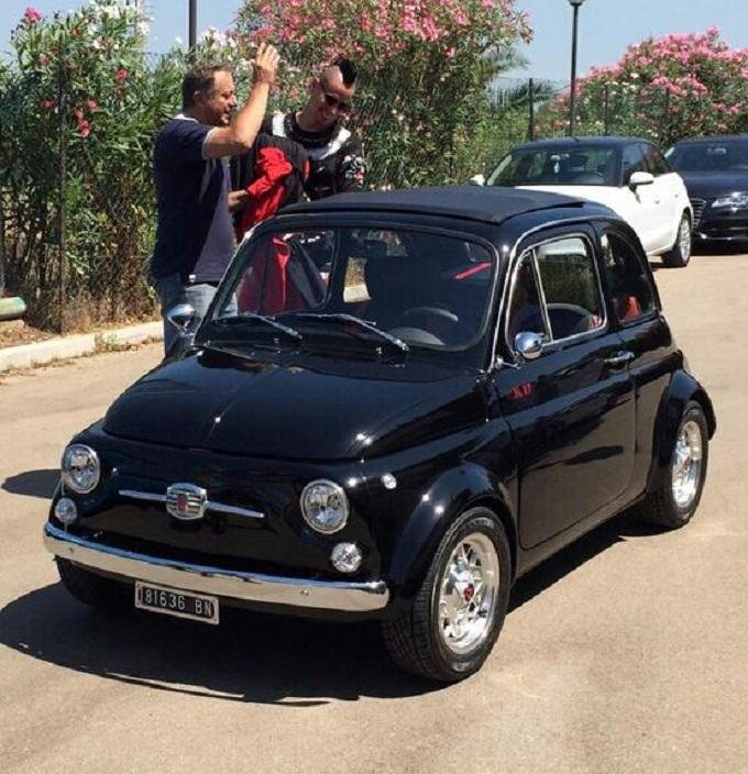 Fiat 500 old style personalizzata per il calciatore del Napoli Marek Hamsik
