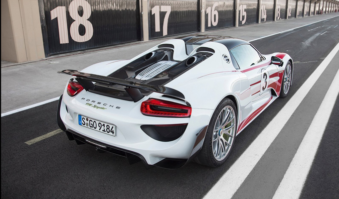 Porsche 918 Spyder: cuore ibrido da alte performance [VIDEO]