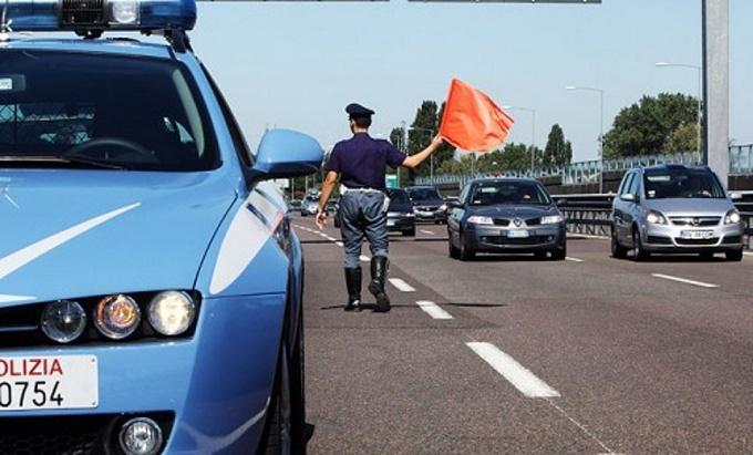 Incidente sull'A4, due ragazzi perdono la vita