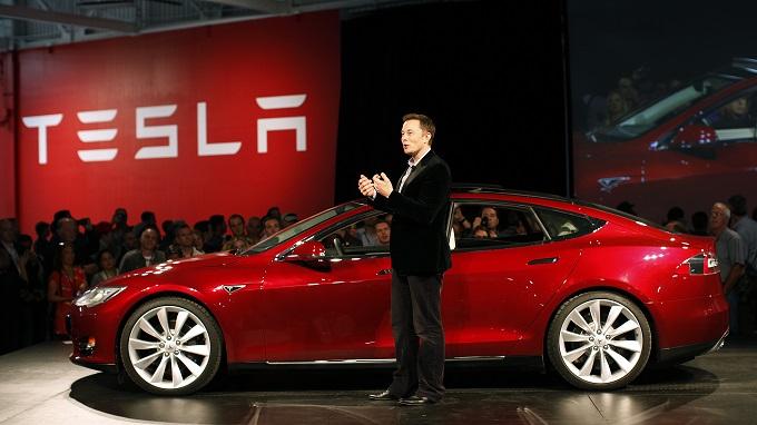 Tesla Motors offrirà titoli ordinari per un valore di 500 milioni di dollari