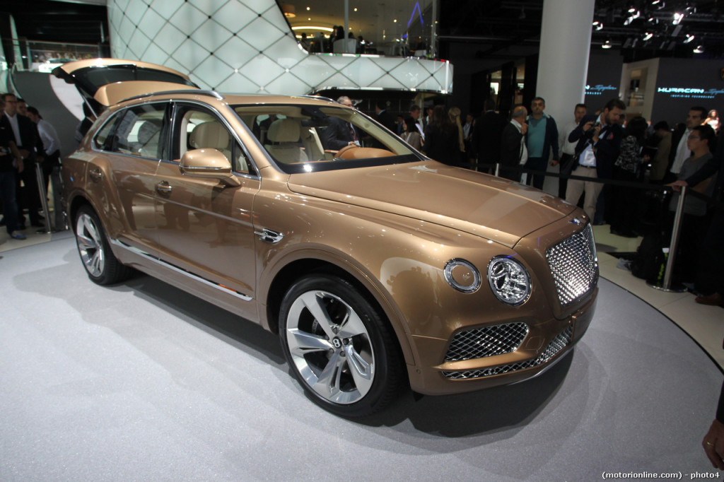Bentley Bentayga - Salone di Francoforte 2015