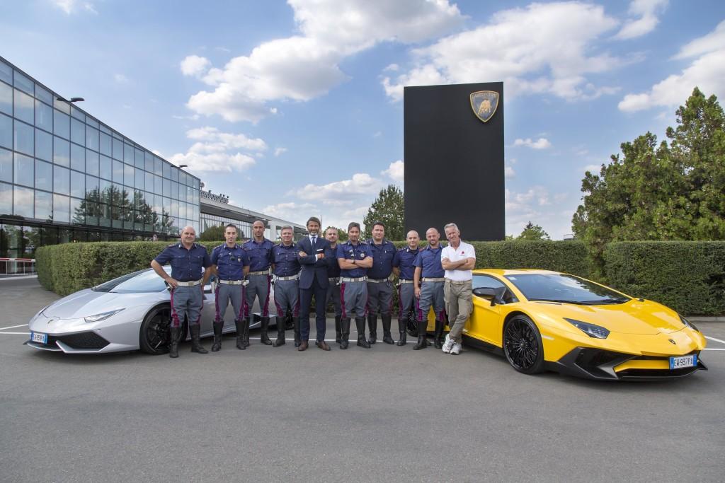 """Lamborghini Squadra Corse """"allena"""" gli agenti della Polizia di Stato di Bologna"""