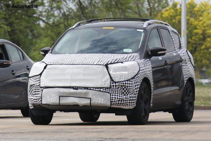 Nuova Ford Kuga, nel 2016 arriva il nuovo restyling