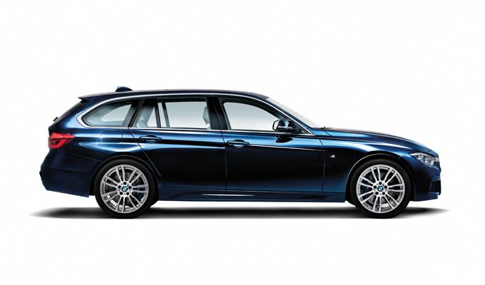 BMW Serie 3: quarant'anni festeggiati nella suggestiva Firenze [VIDEO]