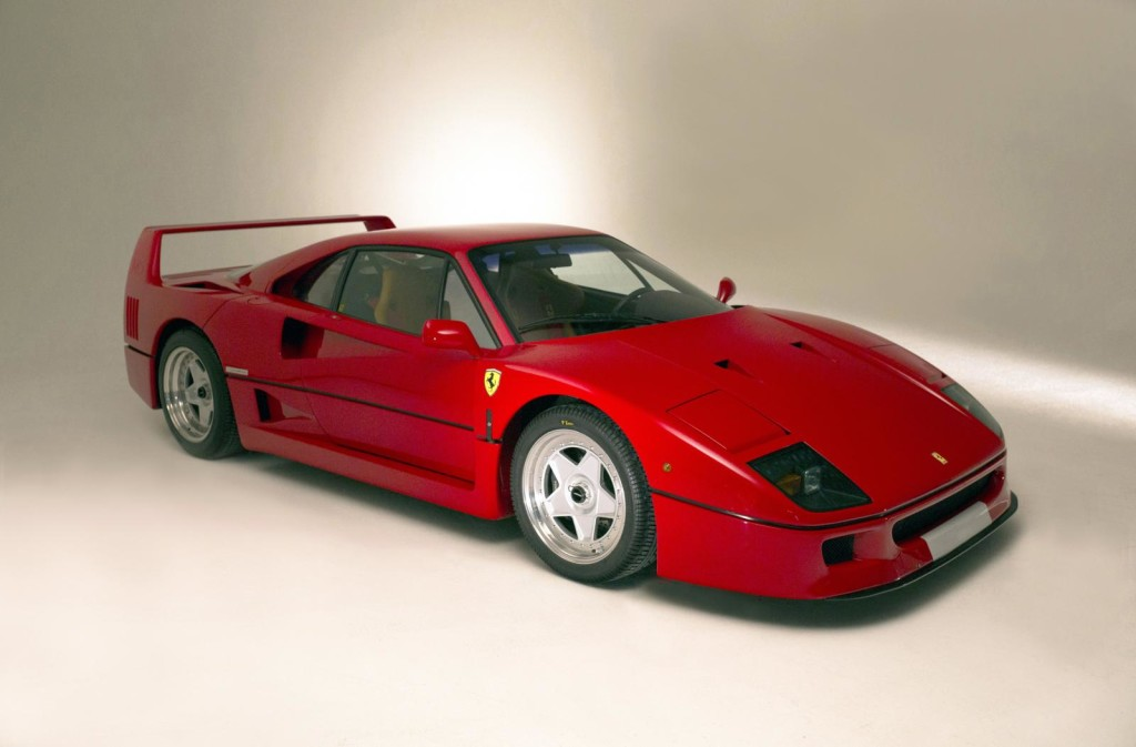 Ferrari-F40-Connolly-del-1992-1-1024x673
