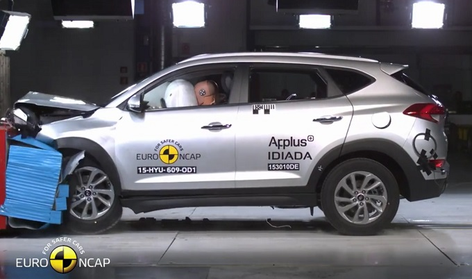 Hyundai Tucson porta a casa 5 stelle nei crash test dell'EuroNCAP [VIDEO]
