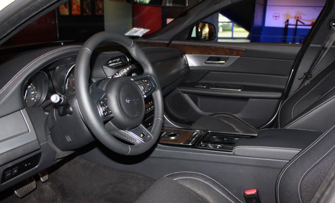 Jaguar-XF-evento-Monza-2015-10-02_21_02