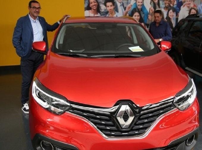 Una Renault Kadjar per l'allenatore del Napoli Maurizio Sarri