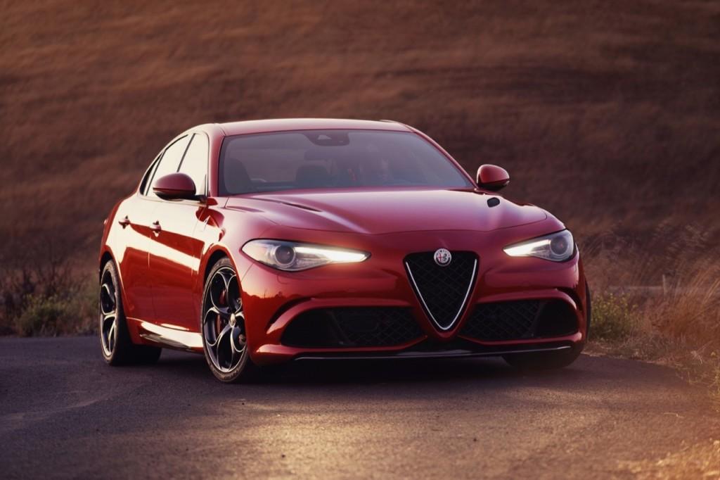 Alfa Romeo Giulia Quadrifoglio, l'orgogliosa italianità del Biscione sbarca in America [VIDEO]