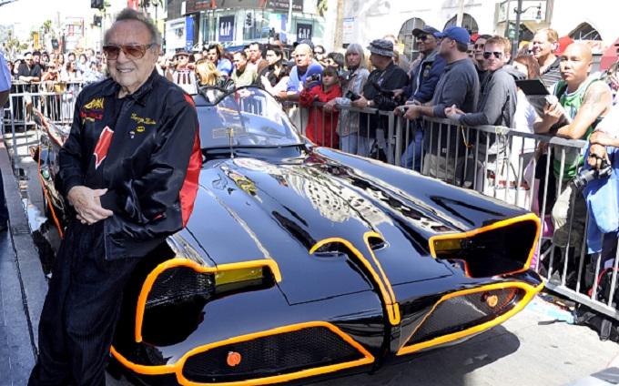 Batmobile: è morto il suo creatore George Barris