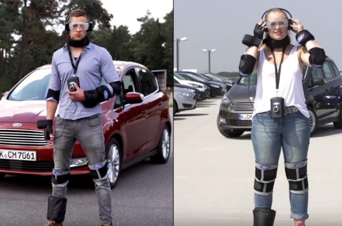 Ford Drug Driving Suit, la speciale tuta che simula gli effetti delle droghe [VIDEO]
