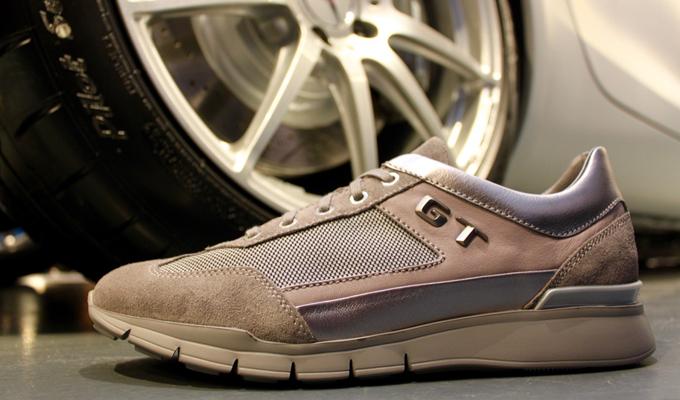 Foto Mercedes e Santoni - presentazione della collezione per AMG GT b42590f7cb4