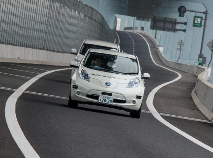 Nissan va di corsa per la sicurezza stradale