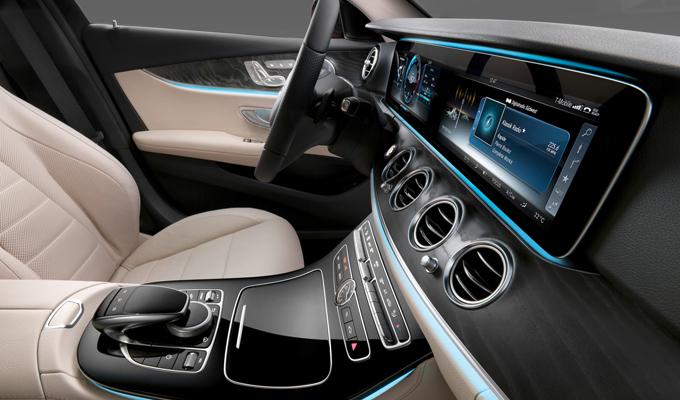Mercedes Classe E MY 2016 - Foto degli interni