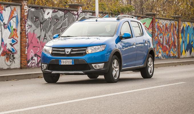 Dacia Sandero Stepway, Logan MCV e Sandero: a tutto gas