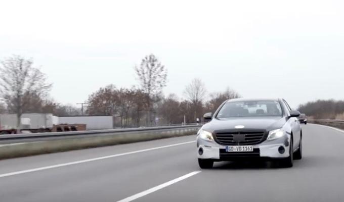 Mercedes Classe E MY 2017: un intenso sviluppo per la decima generazione [VIDEO]