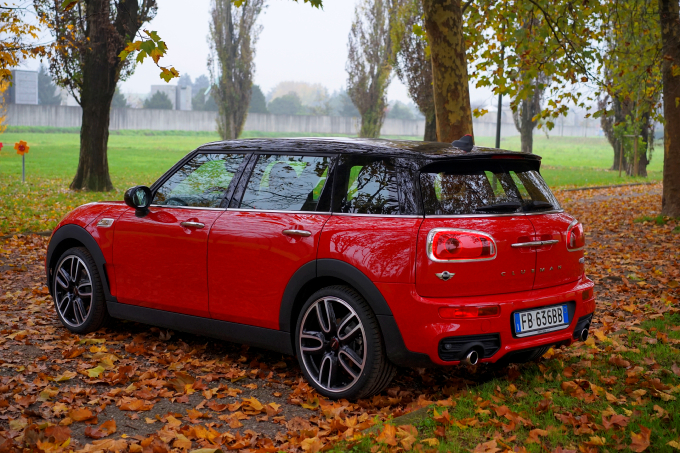 mini clubman cooper s my2015 6 porte posson bastare prova su strada. Black Bedroom Furniture Sets. Home Design Ideas