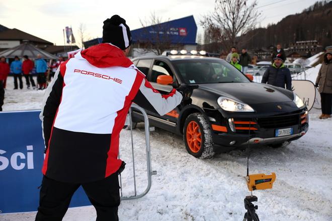 Porsche_Sci_Club_1_tappa_2016_n02