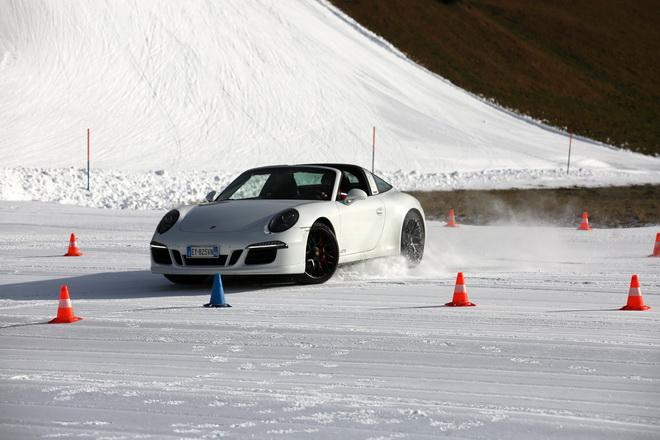 Porsche_Sci_Club_1_tappa_2016_n17