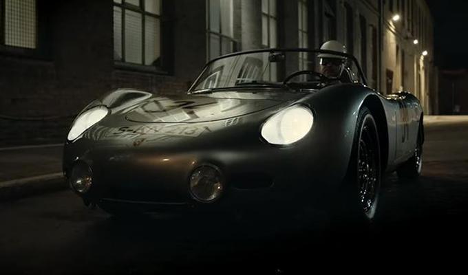 La gloria della Porsche 718 torna in un video
