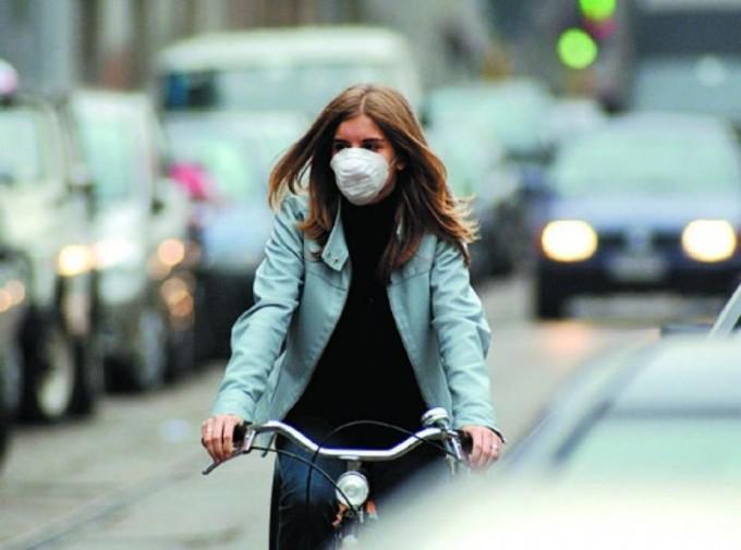 Smog a Milano e Roma, i livelli di Pm 10 crescono nonostante i divieti sul traffico