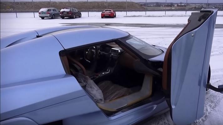 Koenigsegg Regera: 1500 CV per sfidare la futura Bugatti [VIDEO]