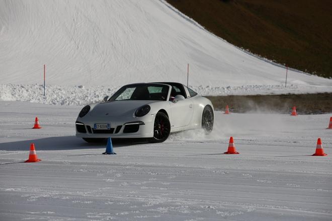 Porsche_911_Targa_4_GTS_2015__Pss_7