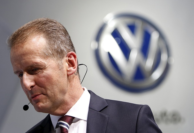 Volkswagen, al CES di Las Vegas Herbert Diess chiede scusa agli Usa